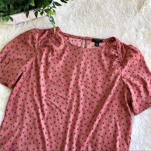 Ann Taylor salmon pink red polkadot top small P